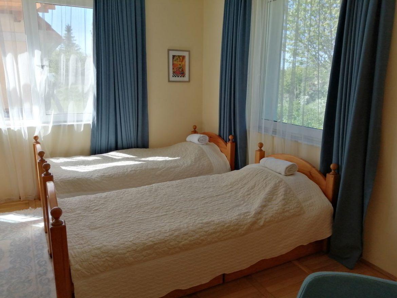 Gurudeva Bhavan en-suite double room
